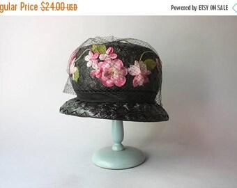 STOREWIDE SALE Vintage Hat / 1960s Straw Hat / 60s Black Straw Pink Floral Hat