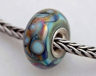 Unique Silvered Copper Accent Turquoise Bead -  Artisan Glass Bracelet Bead - (AUG-66)