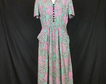 ON SALE Vintage Gray Pink Mint Green White Floral Print Day Dress Misses S 40s