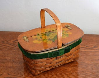 Vintage 1960s Handmade basket purse. Decoupage floral daisies and kitten on phone. Green velvet ribbon accent. Home Decor.