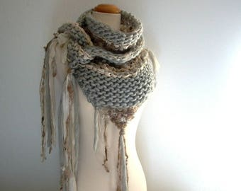 mount mckinley. handknit art yarn shawl . chunky knit wool triangle scarf . natural sustainable knitwear cape wrap . grey brown cream gray