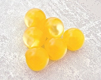 Yellow Ball Buttons, 14mm 1/2 inch - Bright Yellow Lucite Moonglow Ball Buttons - 6 Vintage NOS Sunshine Yellow Plastic Ball Buttons PL399