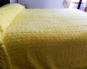 Yellow Chenille Bedspread, Curlicue Chenille Bedspread, Yellow Bedspread, Full Yellow Chenille Bedspread, Plush Chenille