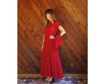 20% off SUMMER SALE. . . Red Ruched Maxi Dress Gown with Bustle Train - Vintage 50s - SMALL 4