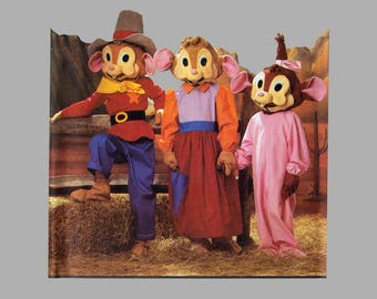 Feivel Goes West costume pattern Simplicity 7544 Child's size 3 - 8 An American Tail Stuffed heads have detachable masks 3 figures Uncut FF