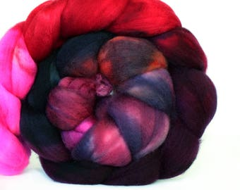 Apothecary 4 oz Merino softest 19.5 micron Roving Top for spinning