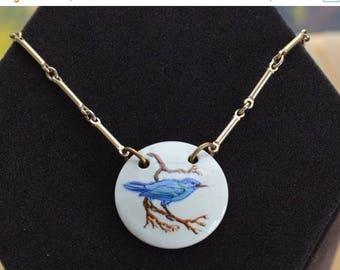 """ON SALE Pretty Vintage Blue Bird Porcelain Pendant Necklace, Gold tone, 16"""", Sarah Coventry (P4)"""
