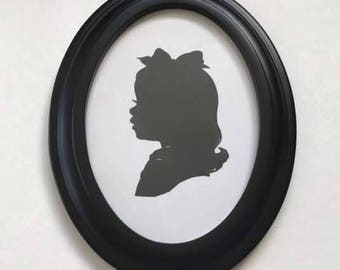"Black Oval Picture Frame 5x7"" Real Wood"