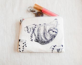 Sloth Gift for Her/ Make Up Bag/ BFF Gift/ Bridesmaids Gift/ Birthday Gift/ Gift for Mom/ Gift for Wife/ Pencil Case/ Valentine Day Gift