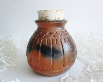 Pet Urn, Ceramic Urn, Cremation Urn, Small pet urn, Ashes Jar, Ashes Holder, Pit fired urn