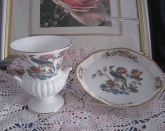 "WEDGWOOD - 1 Oval Trinket/pin Dish and a Grecian Urn Vase - ""Kutani Crane"""