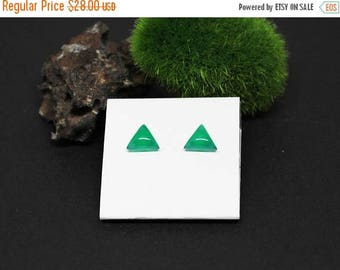 Christmas In July Sale - Green Onyx Gemstone . 8mm Domed Triangles . Sterling Silver Posts Studs Earrings . Emerald Green . E16181