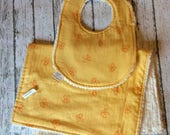 Bee Bib and Burp Cloth Baby Shower Gift Classic Winnie the Pooh Favorite Bibs Baby Bibs Neutral Baby Gift for Mom to Be