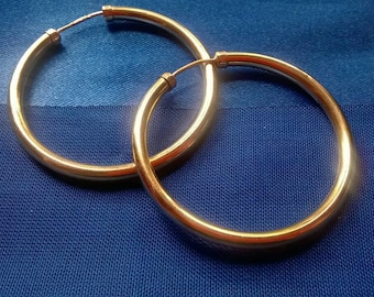 Beautiful classic 9ct gold large hoop earrings Gypsy Lady