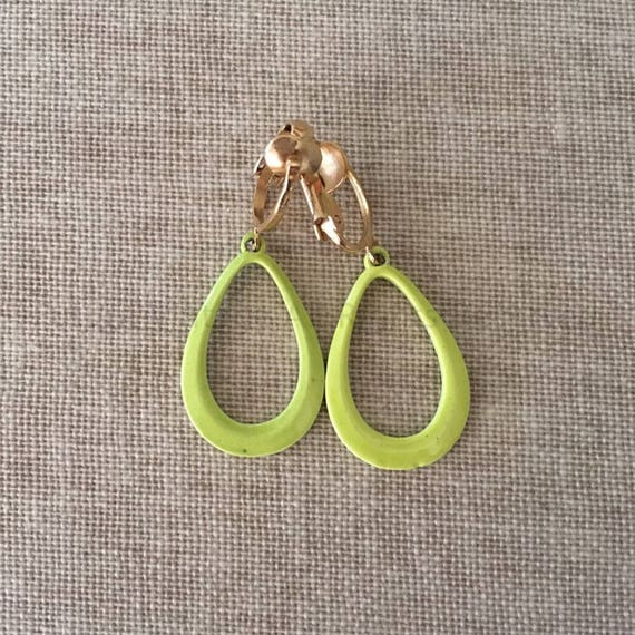 1960s Lime Green Teardrop Shape Clip On Earrings
