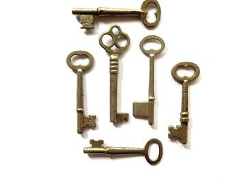 6 vintage skeleton keys Antique skeleton key collection Antique metal keys Skelton keys Barrel keys 6 keys Wedding keys Old bulk key bit #11