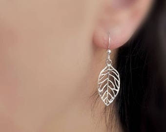 dainty sterling silver filigree leaf earrings, antiqued silver leaf earrings, delicate leaves earrings,