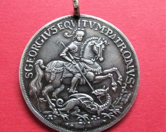 Saint George Religious Medal Silver Antique Slaying The Dragon Catholic Pendent   SS-68