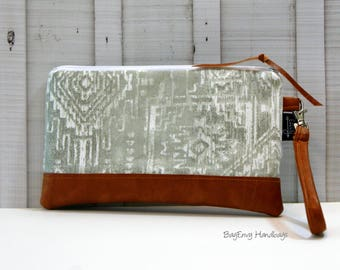 READY To SHIP - Sioux Aztec in Grey with Vegan Leather - Zippered Wristlet Clutch /  Bridesmaid Gift- Accessory Make Up Bag -