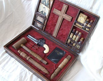 Victorian Era Vampire Hunting Kit