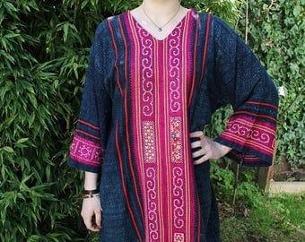 SPRING SALE 70s Mexican Dress, Boho Dress Caftan, Kaftan, Guatemalan Dress, Chambray Dress, Embroidered Dress, Bell Sleeves, Ethnic Dress, P