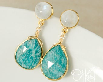 Gold Rainbow Moonstone & Green Chrysoprase Teardrop Earrings - Mint Green Chrysoprase - Summer Earrings