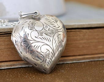 sterling silver heart locket necklace, heart locket, 925 sterling silver, vintage heart locket, vintage etched floral silver locket