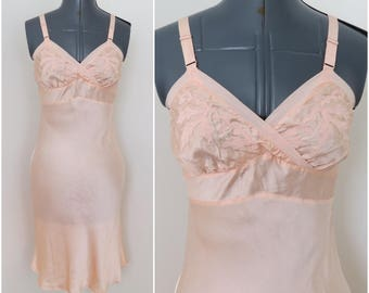 1940s Peach Bias cut Embroidered Rayon Slip - By Rhythm Accent on Youth - Size 32