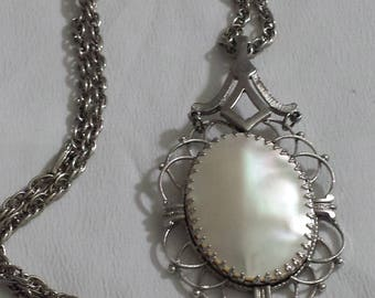 Vintage Pendant and chain necklace