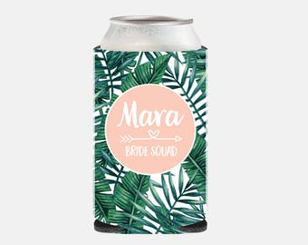 Bridesmaid Favor Bridesmaid Gift Ideas Bride Squad Can Cooler Tropical Leaf Can Hugger Bachelorette Party Gifts Leaf Wedding Favors YZ