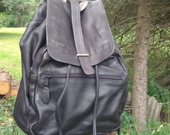 Vintage Leather Backpack / Black Leather Backpack / Shoulder Bag / Travel Bag / Kenneth Cole Backpack