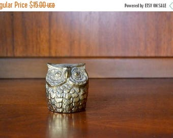 SALE 25% OFF vintage cast metal owl paperweight figurine / brass hoot / brass bird / mothers day / mom