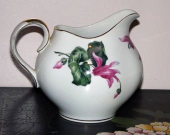 Meito Ivory China Creamer with Flower Design Gold Trim