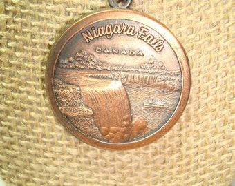 1970s Niagara Falls Canada Copper Keychain.
