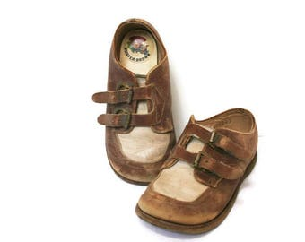Antique Baby Shoes / Vintage Baby Shoes / Two Toned Buster Brown Buckle Shoes / Shoes for a Collector or Baby's Room or Nursery Display
