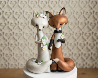 Fox Wedding Cake Topper - Arctic Fox and Red Fox Wedding by Bonjour Poupette