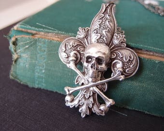 Fleur de lis skull--aged silver plated brass skull gothic necklace, neo Victorian, haunted,darkness