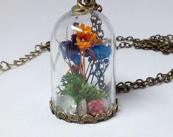 Terrarium Necklace/Garden in Glass/Fairy Garden/Miniature Garden/Glass Dome Quartz Crystal/Nature Inspired Pendant
