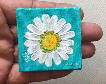 Daisy Art magnet, mini acrylic art