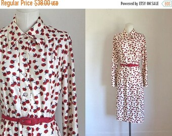 AWAY SALE 20% off vintage 1970s dress - FIRE Buds floral shirt dress / M/L