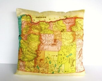 SALE SALE SALE Map pillow cushion cover / Oregon map organic cotton/ city maps/ state maps / vintage maps / organic cotton / wedding gift fo