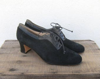 SALE 80s Salvatore Ferragamo Black Suede Shooties Oxford Booties Lace Up Heeled Shoes Made in Italy Ladies Size 10.5