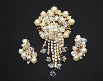 Juliana Cha Cha Brooch / Earrings Set - White Faux Pearls, Vintage Delizza and Elster 1950s Dangling Rhinestone Chains, Crystal Glass Beads
