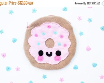 ON SALE - Donut Pouch - Kawaii Food, Pencil Case, Make Up Bag, Phone Case, 3DS Case, Christmas Gift