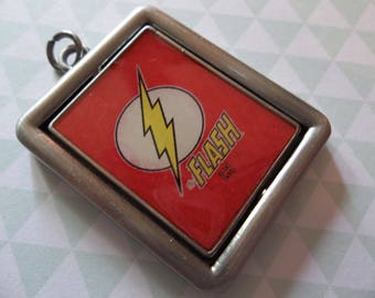 The Flash Spinner Pendant - D.C. Comics Originals - Antiqued Silver Grey - Two Sided - Image Spins in Frame - Qty 1