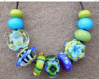 SALE Calypso, Set 1 Lampwork Beads