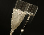 Champagne Flute, Personalized Glasses, Gatsby Wedding, Mr and Mrs Glasses, Hand Painted set of 2