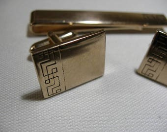 Vintage Swank Gold Tone Cufflink and Tie Clip Set