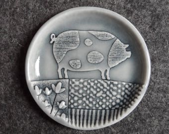 Spotted pig little dish trinket tray for rings, change or bits and bobs, handmade porcelain small plate grey glazed jewellery holder