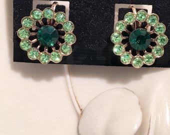 Retro Green Rhinestone Earrings